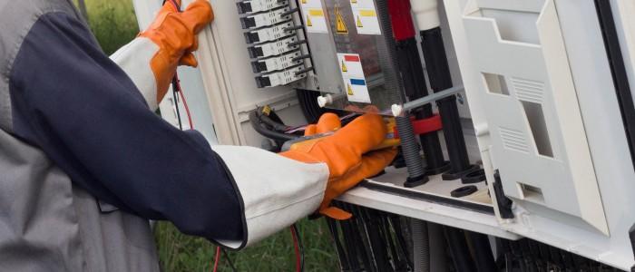 Benefits of Hiring Parofessional Electrician