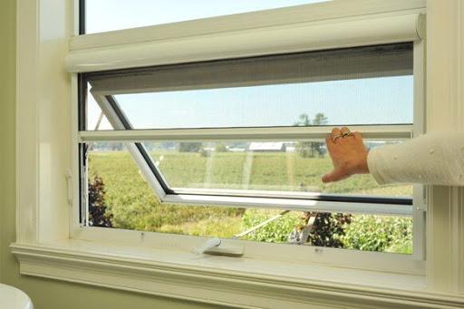 Retractable screens for windows